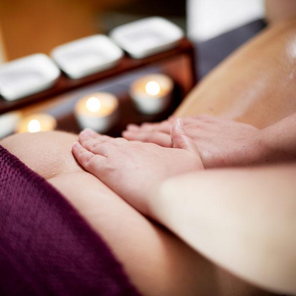 Massage d couverte ayurv da les thermes de spa - Salons de massage belgique ...